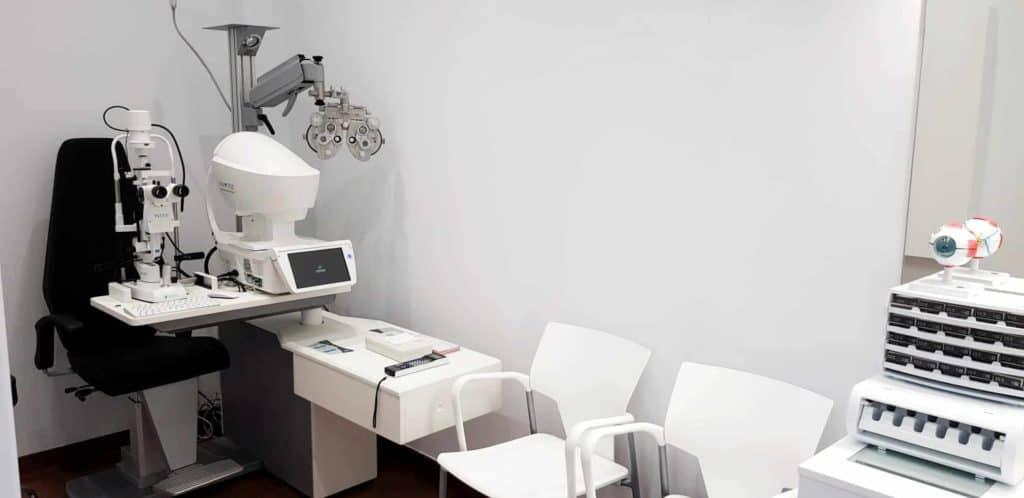 gabinete refracción óptica andorrana terual para graduar la vista